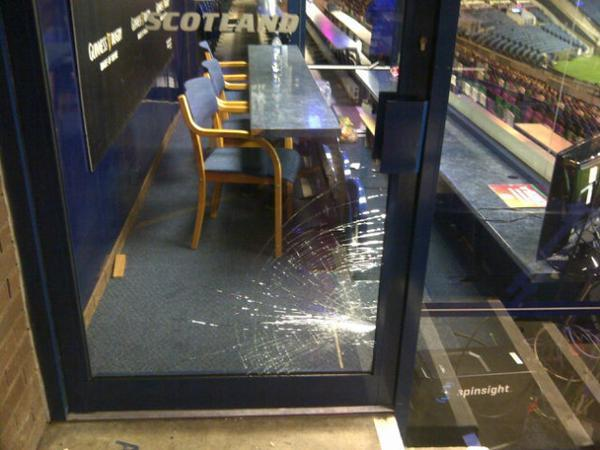 Scotland-coaches-box-after-italy-game